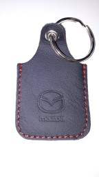 Skórzane etui, logo Mazda, immobilizer Omega